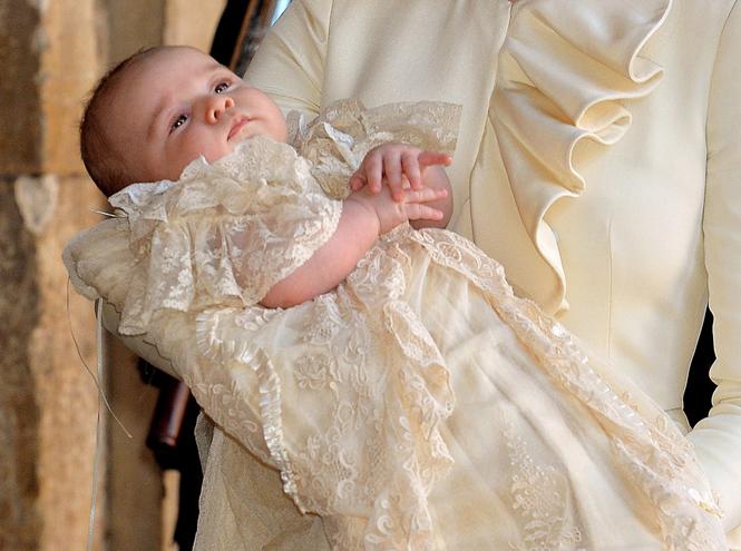 Фото №19 - Самые трогательные моменты крестин детей герцогов Кембриджских