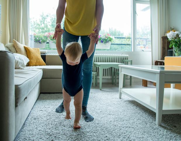 что делать, чтобы ребенок начал ходить