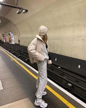 Фото №4 - Inspiration: смотри, с чем носить дутую куртку зимой 2020-2021