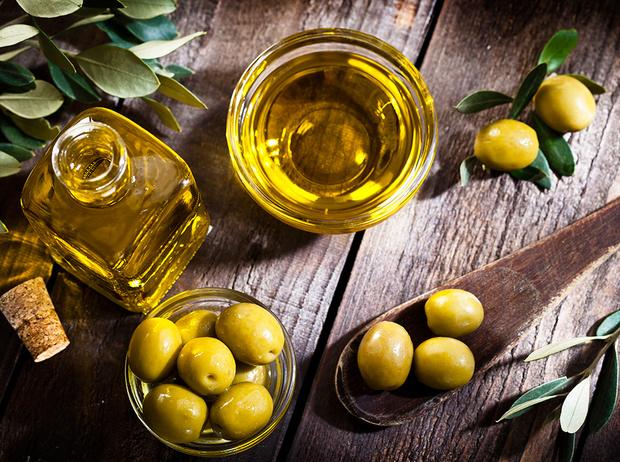 Фото №1 - Не только Extra Virgin: как правильно выбрать оливковое масло