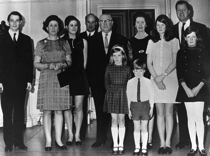 Фото №8 - Мачеха принцессы Дианы: какой на самом деле была Рейн Спенсер