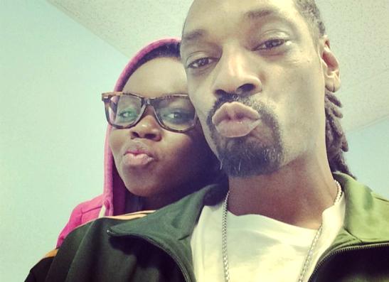 Фото №1 - Топ-40: Самые забавные селфи рэпера Snoop Dogg