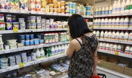 Фото №1 - Петербуржцев предупреждают о поддельных твороге и сгущенке в магазинах