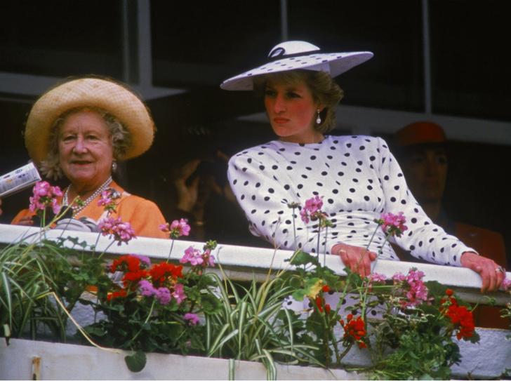 Фото №1 - Плохая партия: почему Королева-мать любила Сару Фергюсон больше, чем принцессу Диану