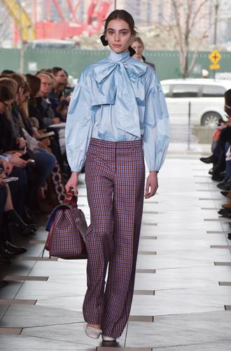 Фото №69 - И в тренде, и в офисе: 7 самых модных идей одежды для работы