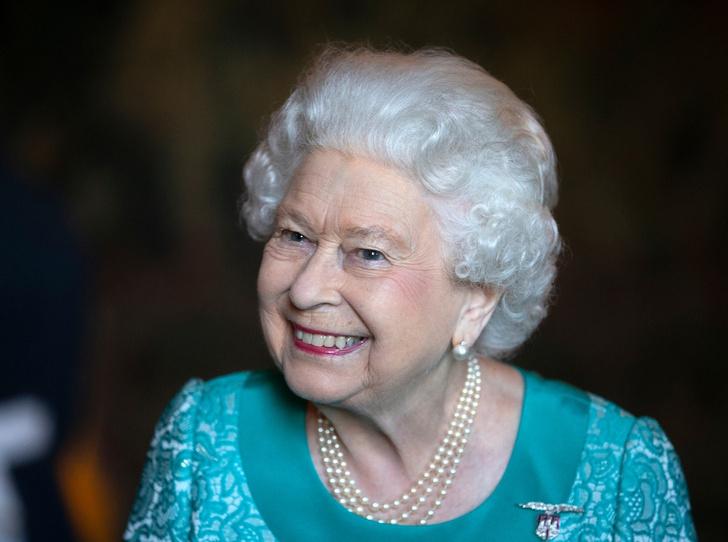 Фото №1 - Королева красоты: бьюти-правила Елизаветы II