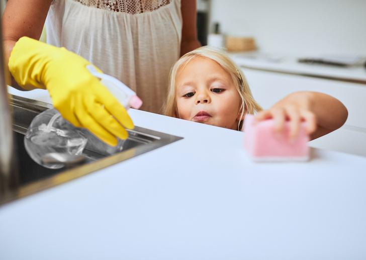Фото №4 - Как научить ребенка убирать за собой игрушки: 5 типичных ситуаций