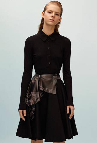 Фото №2 - Как носить баски и широкие пояса (и где искать самые модные)