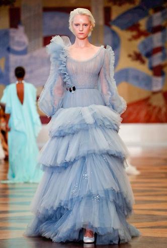 Фото №2 - Единороги в СССР: Ulyana Sergeenko Couture FW18