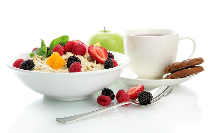 Фото №1 - Плотный и здоровый завтрак не способен улучшить работу организма