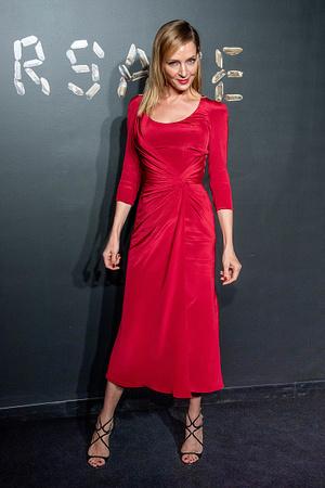 Фото №1 - Ума Турман показала идеальное красное платье для блондинок