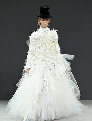 Фото №36 - В деталях: лучшие свадебные платья haute couture осень/зима 2016