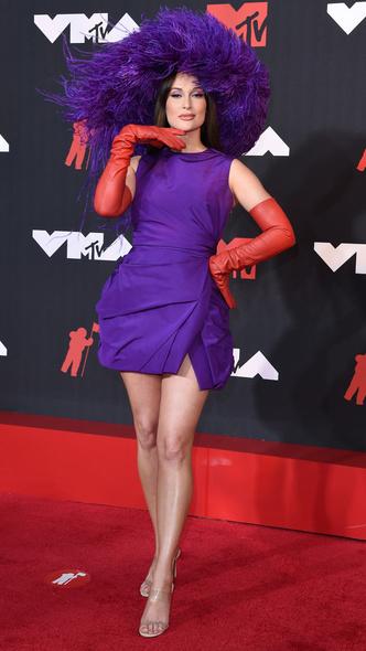 Фото №34 - Премия MTV VMA 2021: лучшие, худшие и самые яркие образы церемонии