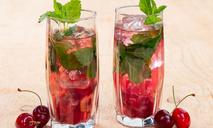 Мятно-вишневый напиток
