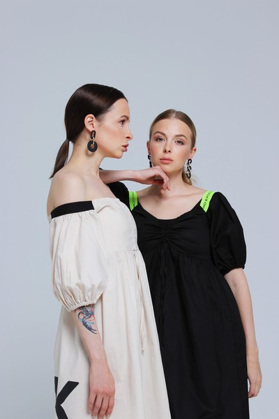 Фото №2 - «Хотелось бы поработать с Водяновой, Gucci, Милохиным»: как дизайнеры DNK прошли путь от хобби к успешному бренду