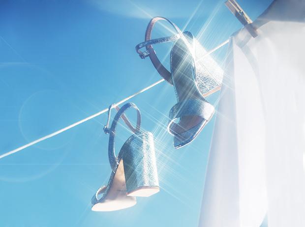 Фото №1 - Базовая обувь на лето: 4 варианта на все случаи жизни