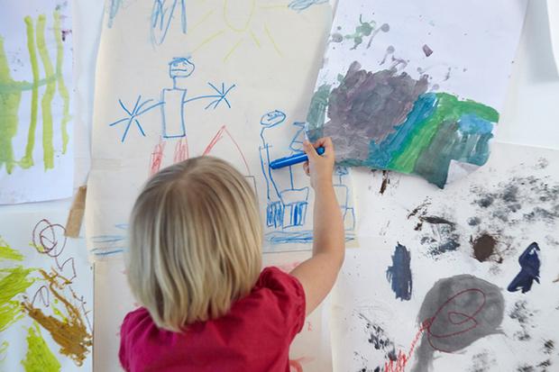 Фото №1 - Странные детские игры: что они значат?