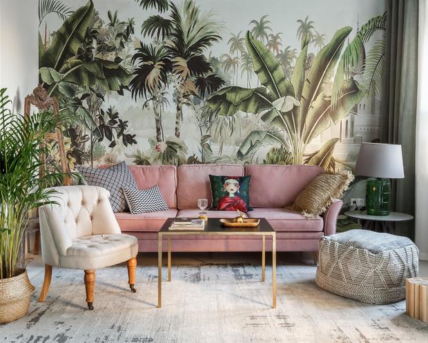 Фото №4 - Чем украсить стену за диваном: 8 идей