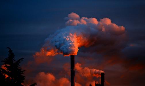 Фото №1 - В списке регионов с самым грязным воздухом Петербург занял 35 место