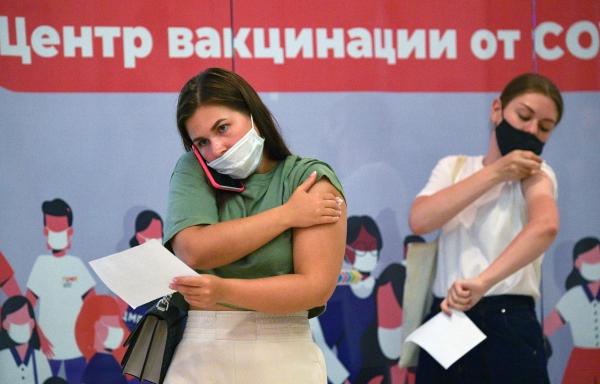 Фото №1 - В Москве закончились вакцины от коронавируса «ЭпиВакКорона» и «КовиВак»
