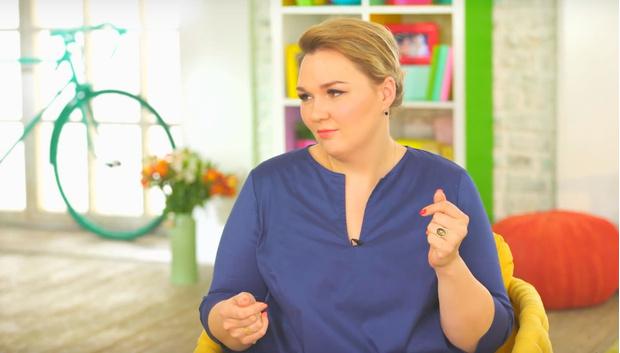 Фото №1 - В сетчатых колготках и боди: похудевшая Надежда Ангарская решилась на смелую фотосессию