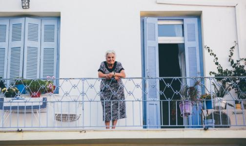 Фото №1 - Петербуржцам в возрасте 65+ продлевают упрощенное оформление больничного до 30 апреля