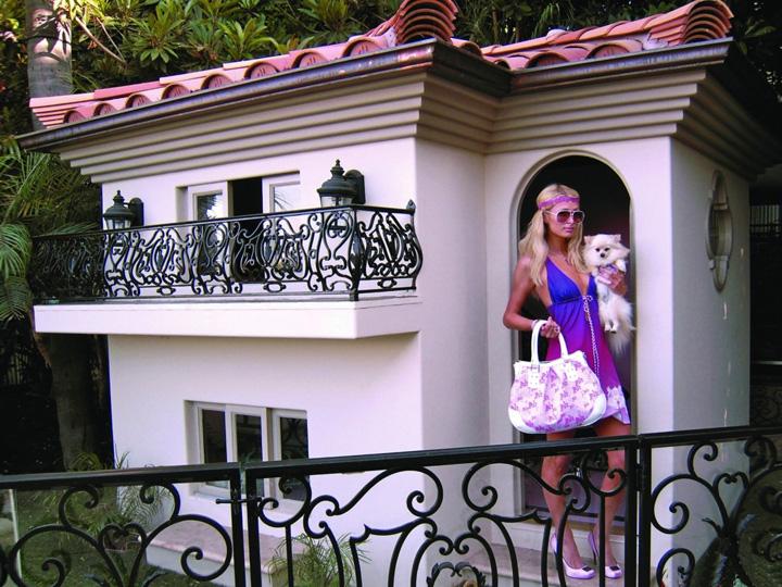 Фото №2 - Сказочный дом собачек Пэрис Хилтон