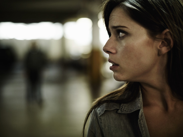 Фото №1 - Мнимая угроза: как понять, что у вас мания преследования
