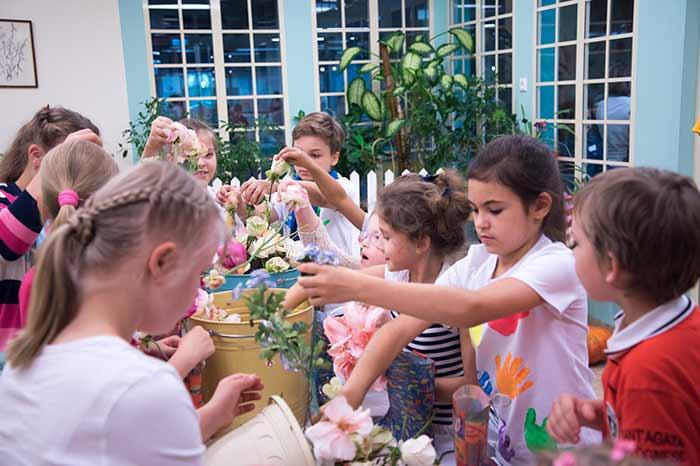 Фото №2 - «Непоседы» подарили праздник особенным детям