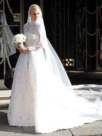 Фото №9 - Знаменитые невесты, платьями которых вдохновлялась леди Китти Спенсер
