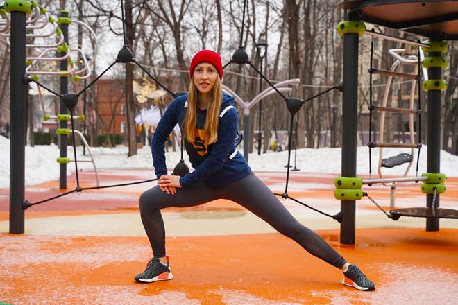 Фото №9 - Фитнес в офисе: 10 упражнений для тех, кто много работает