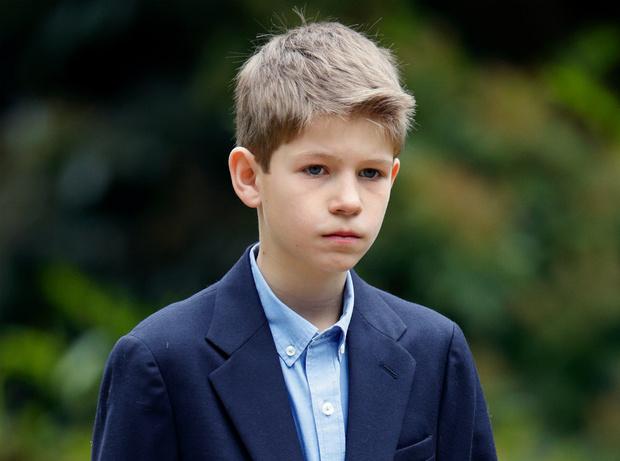 Фото №1 - Наследие Короны: какой титул любимый внук Елизаветы получит после совершеннолетия