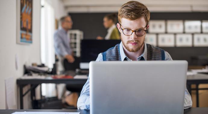 Как найти первую работу?