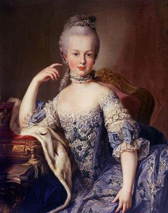 Фото №16 - Французский шик: как одеться в стиле современной Марии-Антуанетты