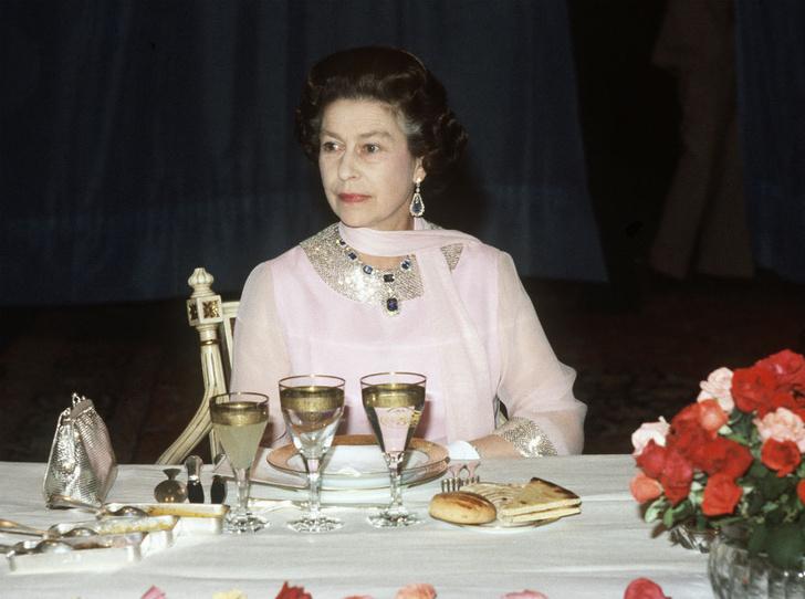 Фото №5 - Как отдых в Шотландии меняет пищевые привычки Елизаветы II