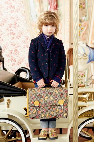 Фото №22 - Золотая карусель: лукбук осенне-зимней детской коллекции Gucci 2016/17
