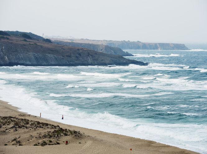 Фото №4 - 20 секретных пляжей самых известных курортов