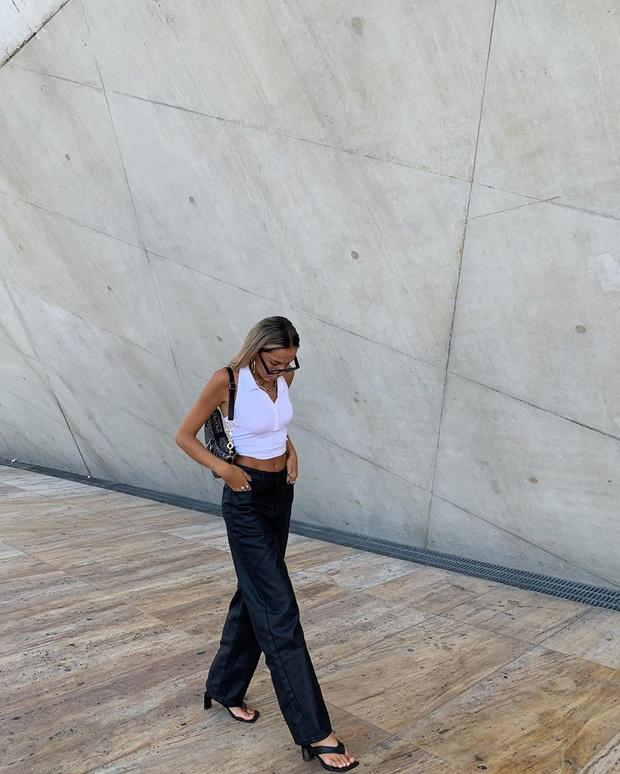 Фото №2 - С чем носить кожаные брюки? Показывает стилист София Коэльо