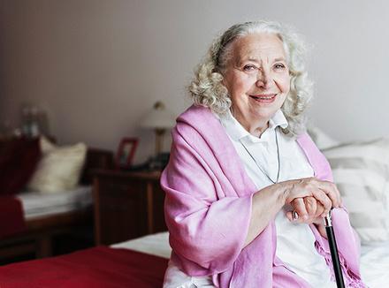 Альцгеймер предпочитает женщин. Почему?