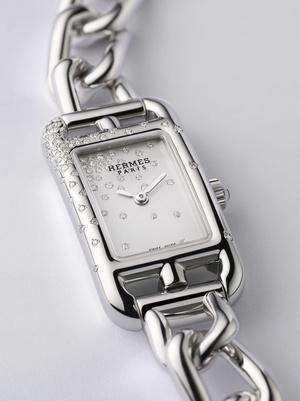 Фото №4 - Прочная связь: часы Hermès Nantucket с браслетом-цепочкой