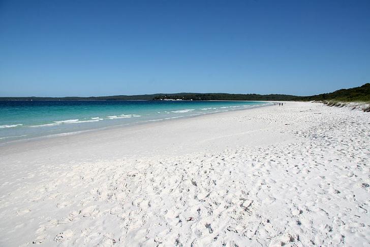 Фото №9 - В самом расцвете: 9 необычных цветных пляжей