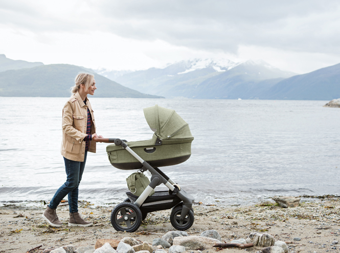 Фото №1 - Прогулки в скандинавском стиле: эксклюзивная коляска-внедорожник от Stokke®