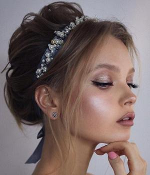 Фото №6 - Свадебные тренды-2020: 56 идей макияжа для невест