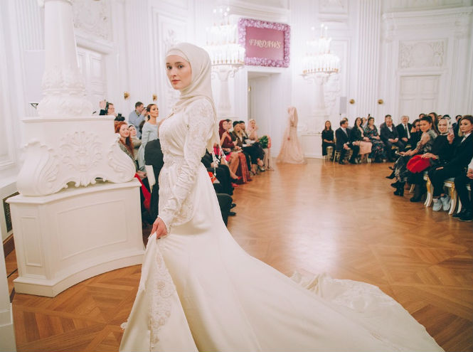 Фото №6 - Шестой день Mercedes-Benz Fashion Week Russia 2017
