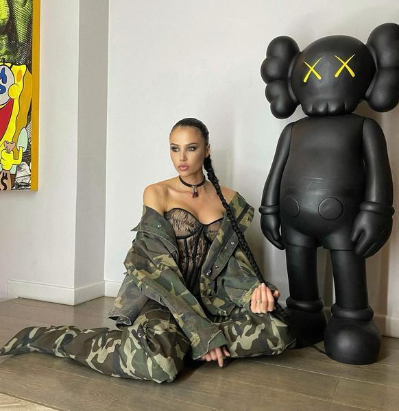 Фото №15 - «Ну, перестань»: Решетова снова уличила Ким Кардашьян в копировании своего стиля
