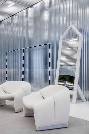 Фото №6 - Флагманский бутик Off-White по дизайну Вирджила Абло и AMO