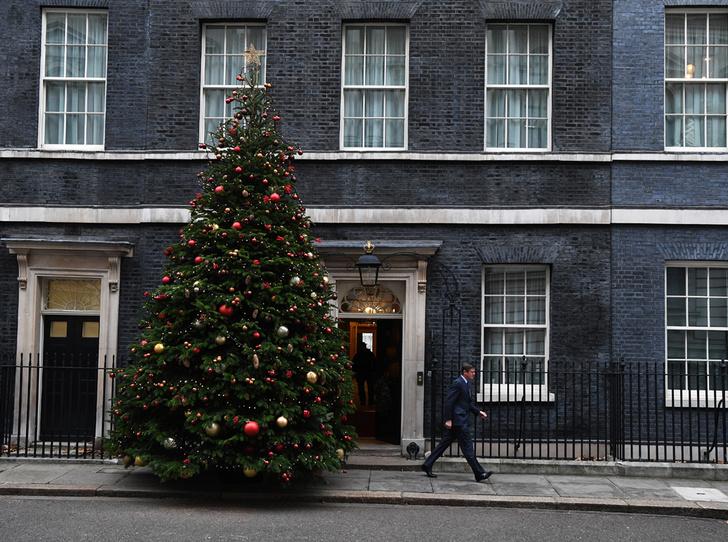 Фото №8 - Праздничное убранство резиденций королей и президентов в ожидании Рождества и Нового года