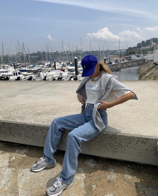 Фото №1 - Джинсы и футболка «как в Монако»: стилист София Коэльо и мастер-класс по моде Лазурного берега