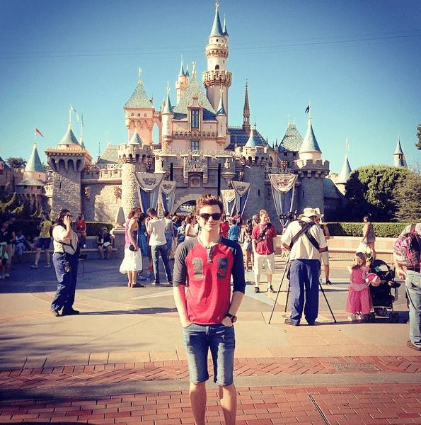 Фото №7 - Звездный Инстаграм: Вселенная Disney