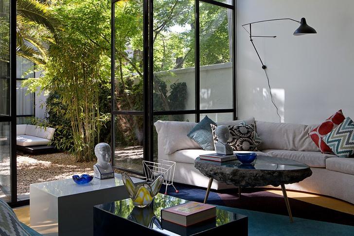 Фото №1 - Светлый дом с яркими акцентами в Мадриде